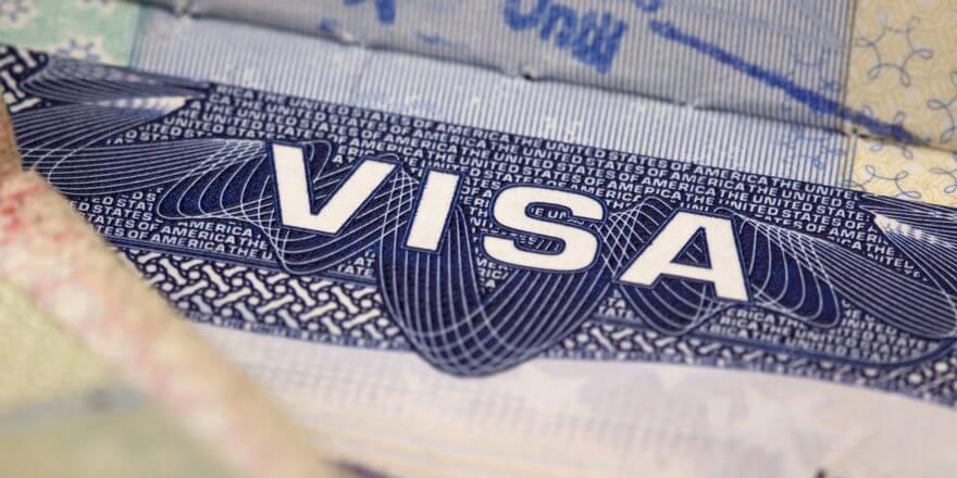 baumhaushotel ausland visum