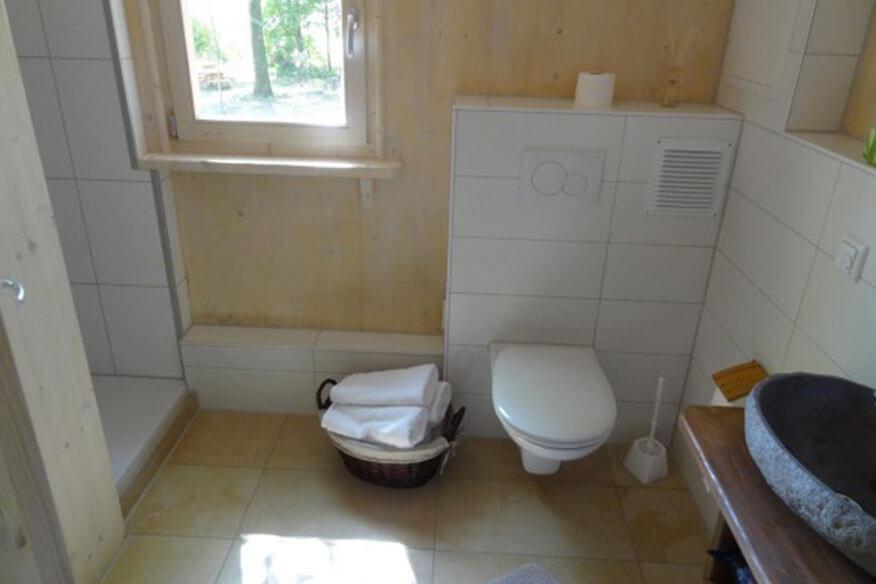 Baumhotel Auszeit Badezimmer