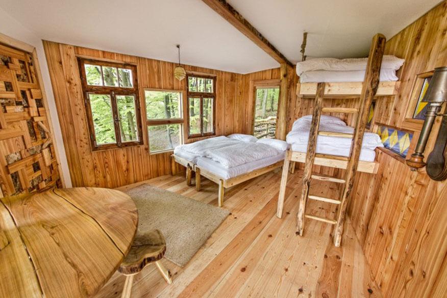 Robins Nest Birkenbaumhaus Schlafbereich