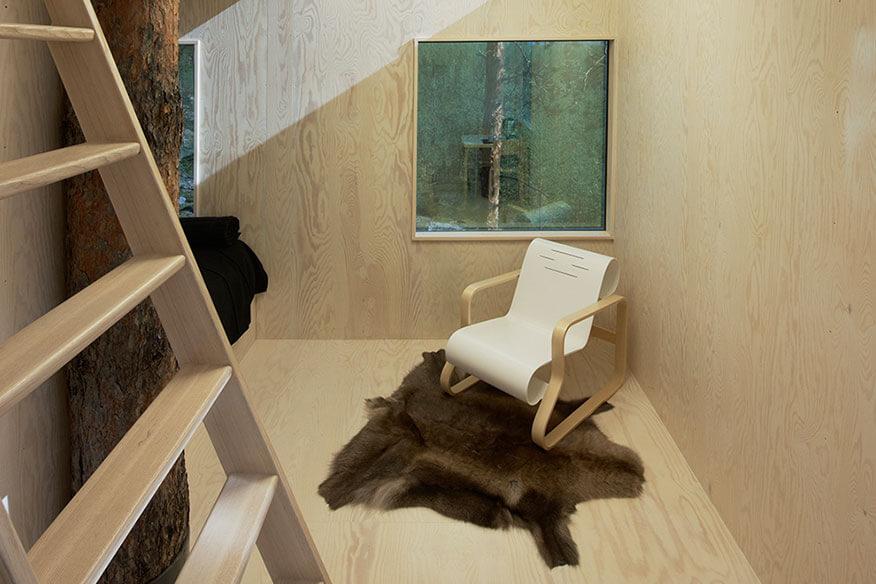 Treehotel Mirrorcube Wohnbereich