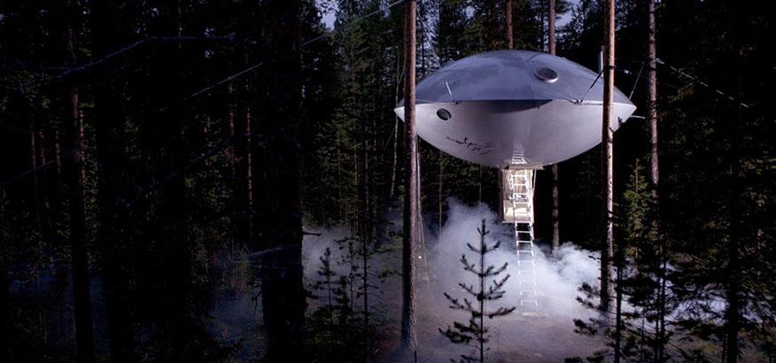 Treehotel The Ufo bei Nacht