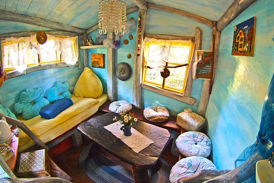 Baumhaushotel der geheimen Welt von Turisede Wohnbereich