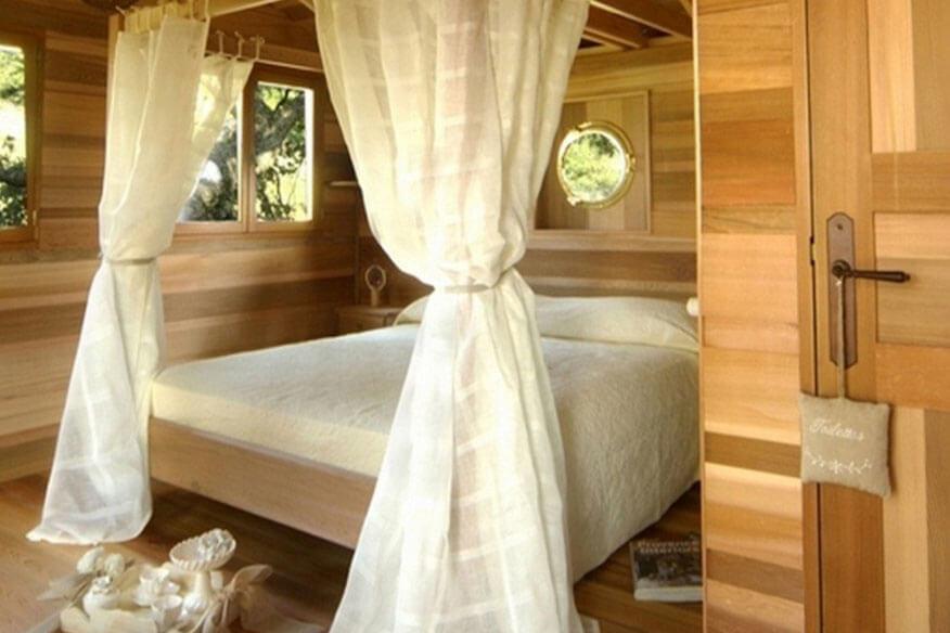 Baumhaus Suite-Bleue Schlafzimmer