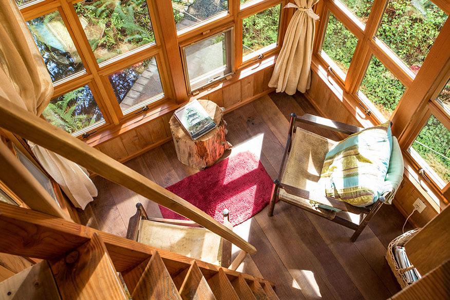 Baumhaushotel TreeHouse Point Wohnbereich