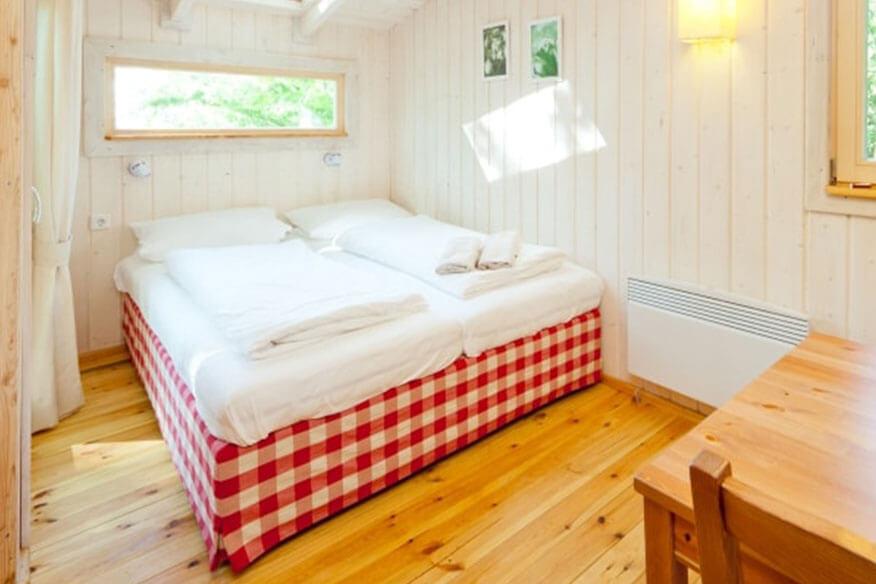 Baumhaushotel Wipfelglueck Schlafbereich