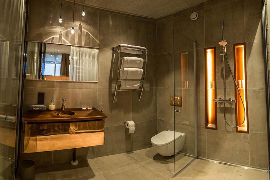 Baumhaushotel Eagles View Suite Badezimmer