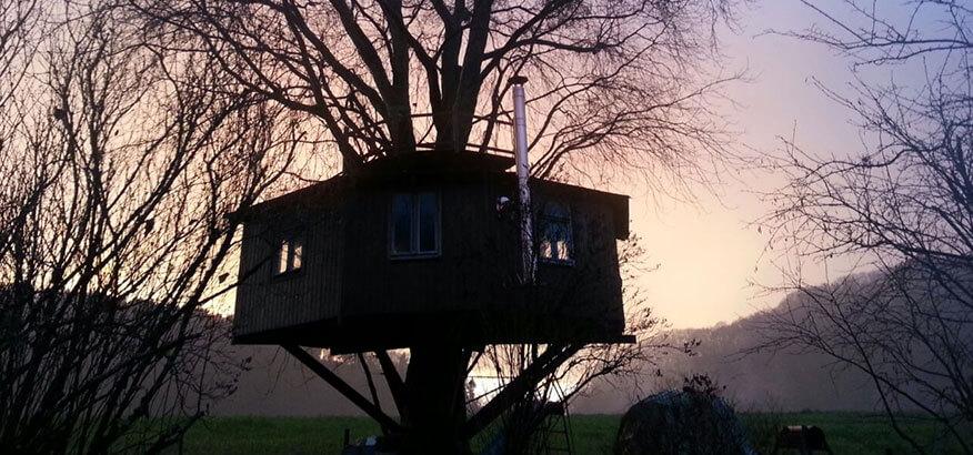 siegtal baumhaus romantischer urlaub in ruhiger umgebung. Black Bedroom Furniture Sets. Home Design Ideas