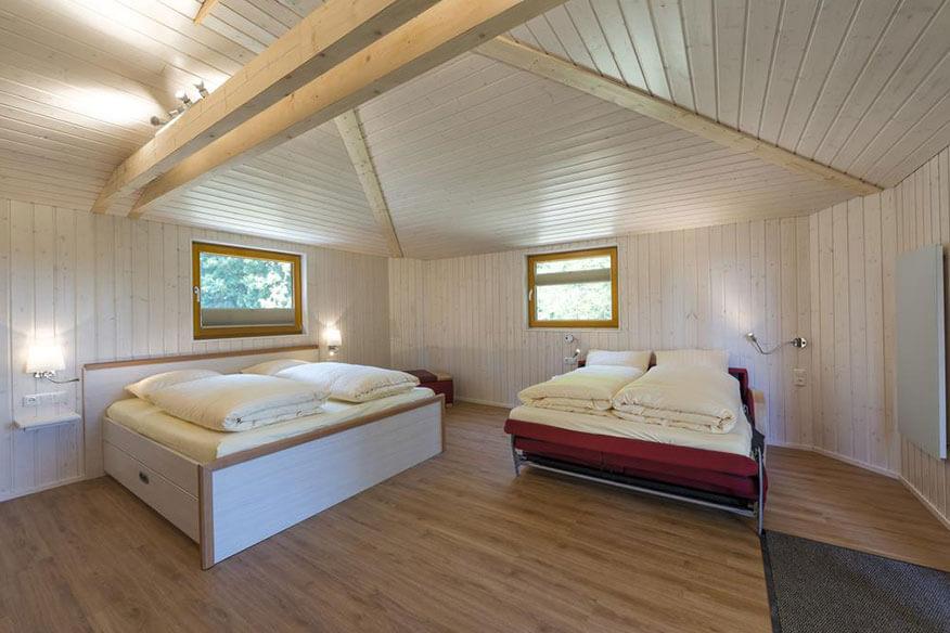 Aerzener Baumhaushotel Waldquelle Doppelbett